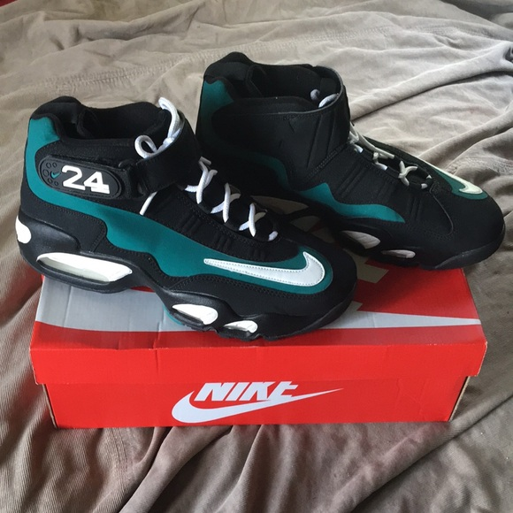 WORN ONCE AIR GRIFFEY MAX 1
